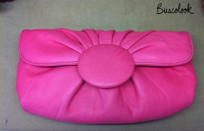 bolso clutch rosa chicle fucsia en tienda piamonte lagasca madrid