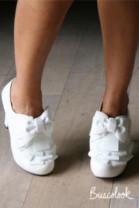 zapato novia abotinado lazos diferente retro tacón ancho