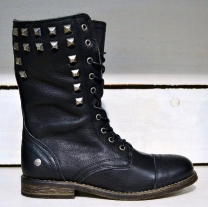 botas-negras-tachuelas-buscolook-tiendas-bilbao-madrid