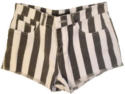 short-negro-rayas