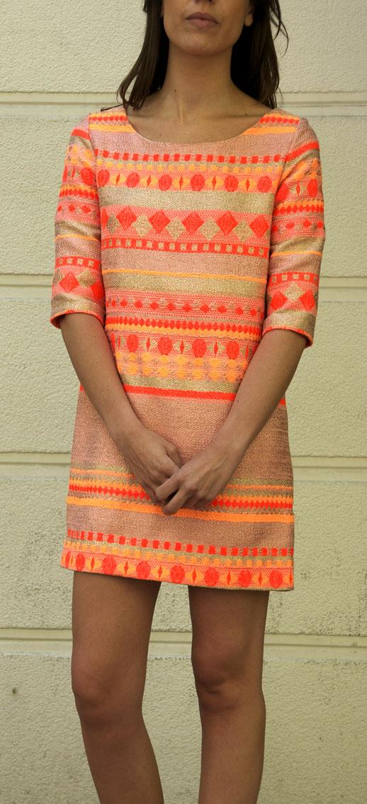 naranja-brillo-vestido-original-look-de-boda