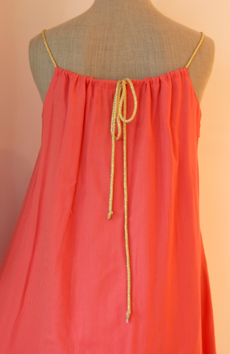 vestido coral atras cosette le marais