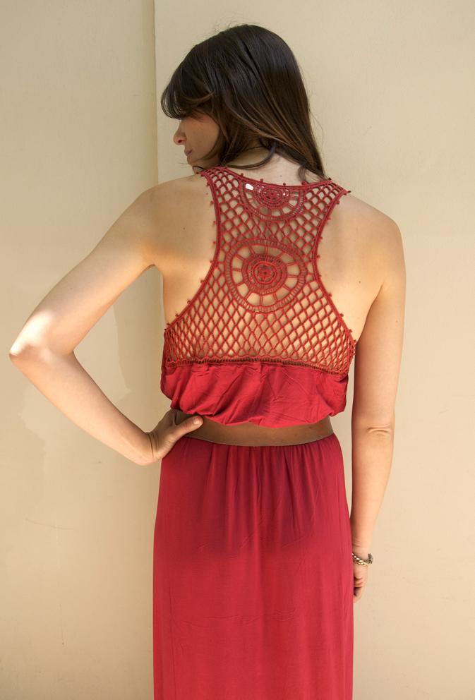 vestido rojo trasera