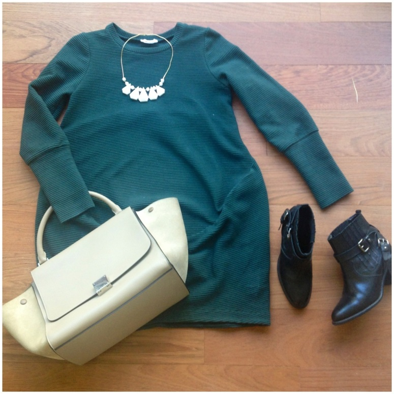 look-vestido-verde-who-bolso-trapeze-collar-pedrusco
