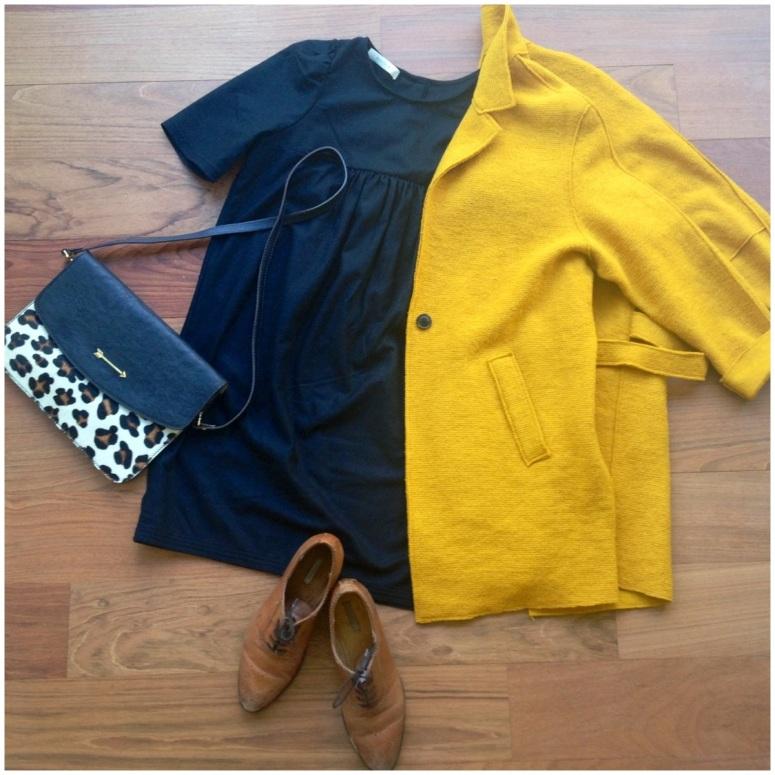 look-abrigo-zara-amarillo-mostaza-vestido-azul-sessun-bolso-mercules