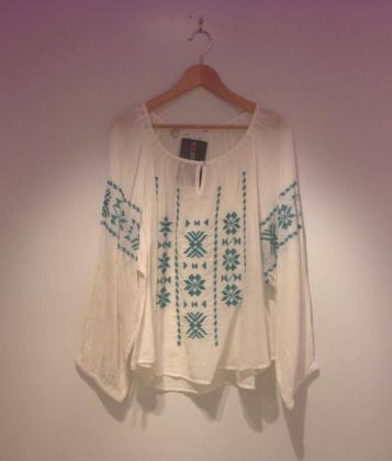 camisa-blanca-hippie-coachella-buscolook
