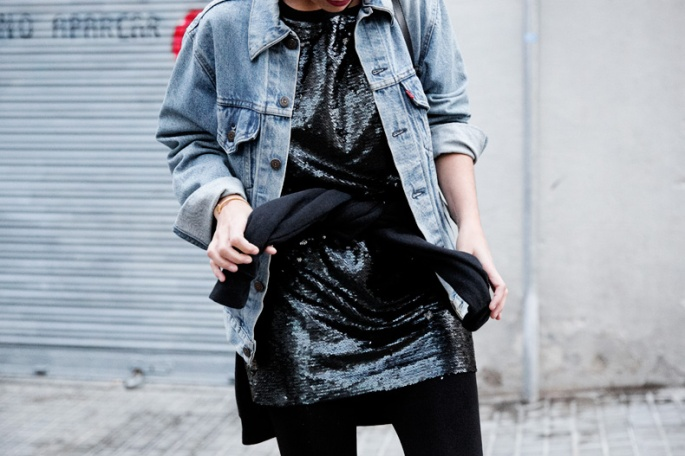 Urban_Outfitters_Barcelona-Opening_Store-Collage_Vintage-Sequins_Dress-Outfit-Street_style-58