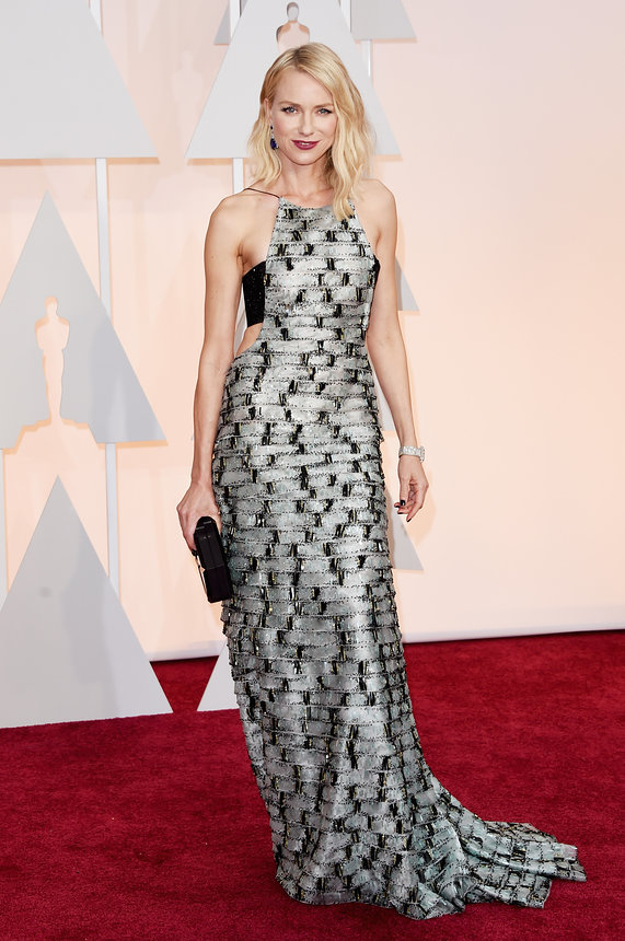 naomi-watts-oscars-red-carpet-2015