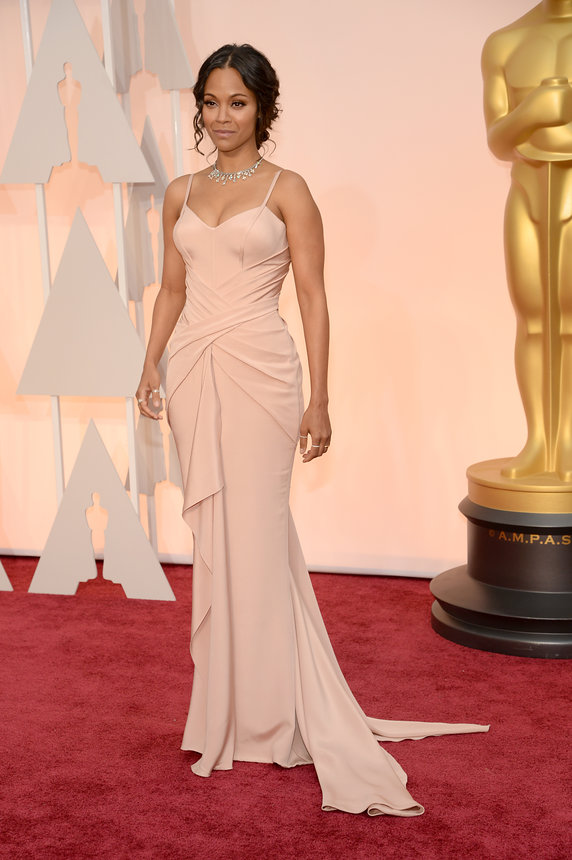 zoe-saldana-oscars-red-carpet-2015